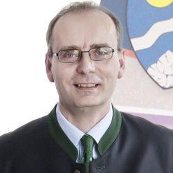 GR Josef Neunteufl